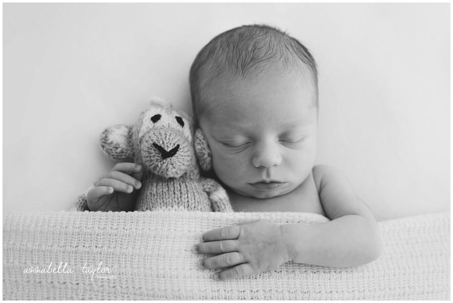 New baby photographer Stoneleigh