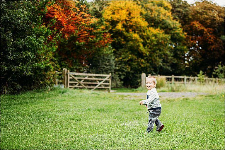 Autumn family mini shoot fall colours